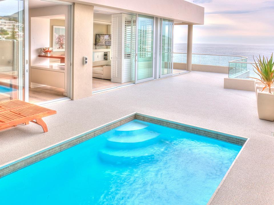 Pavimentos permeables para piscinas pavipor dec for Pavimento para piscinas
